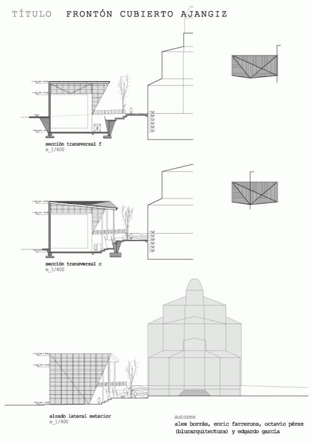 Крытый Фронтон на церковной площади 16
