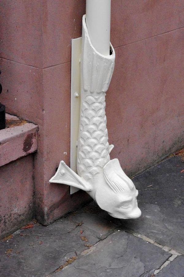 Творческие идеи для водосточных труб