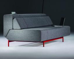 Удобный современный многофункциональный диван Pil-low от студии Редизайн