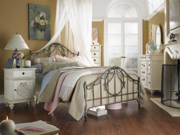Уютная спальная комната в стиле прованс
