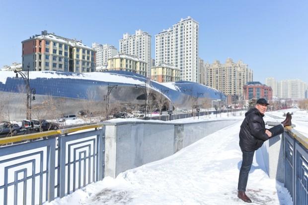 Удивительно здание в Китае 5