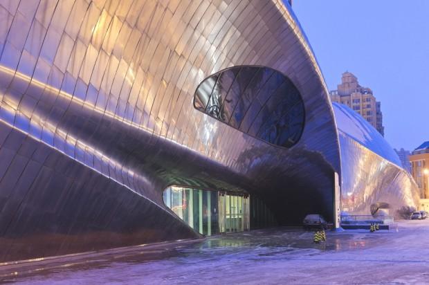 Удивительно здание в Китае 9