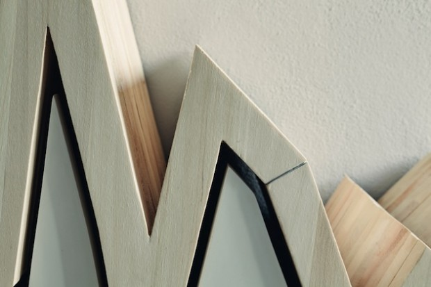 Финансовая диаграмма вдохновила на создание деревянной стойки для журналов 10Y 6