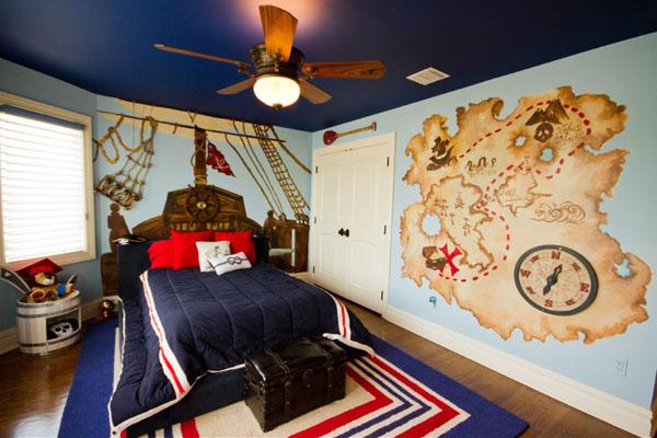 Декорирование стен картами 20