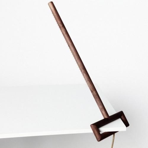 Элегантная дизайнерская угловая лампа