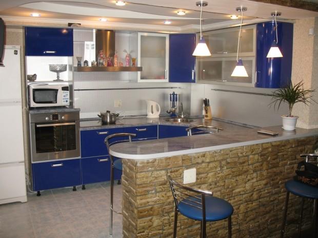 Кухонная комната на четверых жильцов