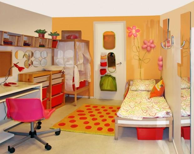Настенные бра в детской комнате