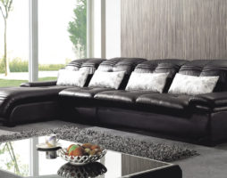 Как выбрать материал для обивки мебели ?