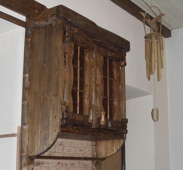 Состаренный подвесной шкаф