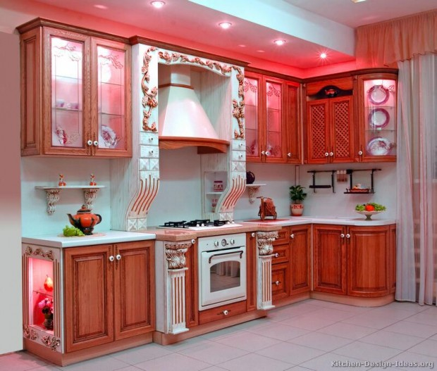 Интерьер кухни в стиле Китч