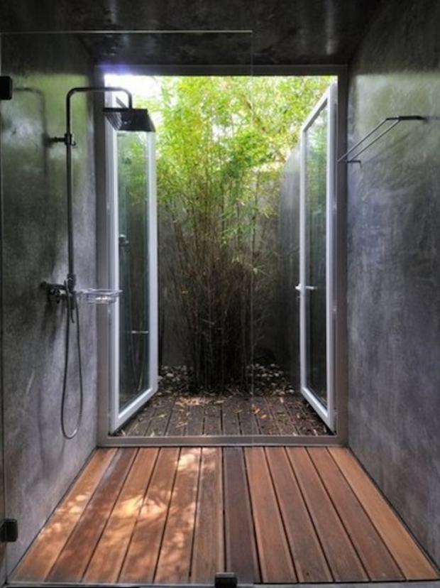 Деревянное покрытие в ванной комнате 3