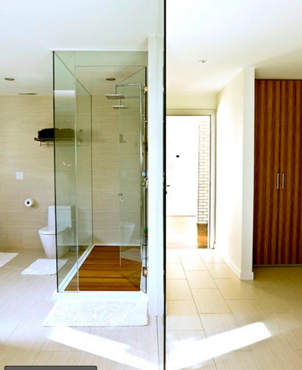 Деревянное покрытие в ванной комнате 5