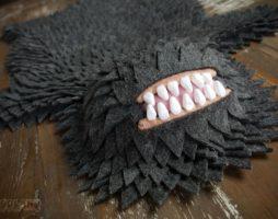 Коврики причудливой формы ручной работы