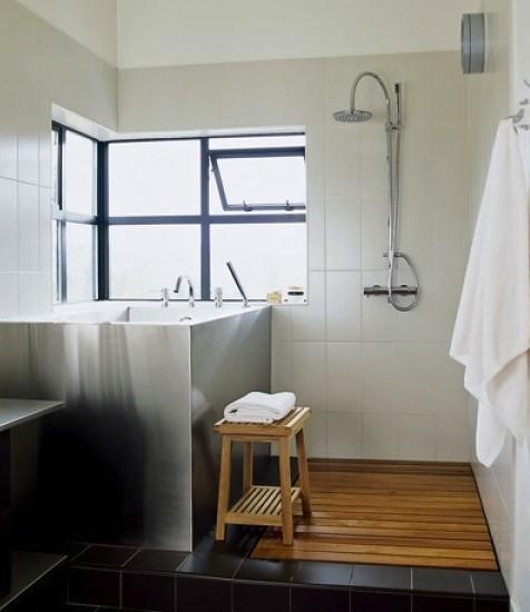 Деревянное покрытие в ванной комнате 7