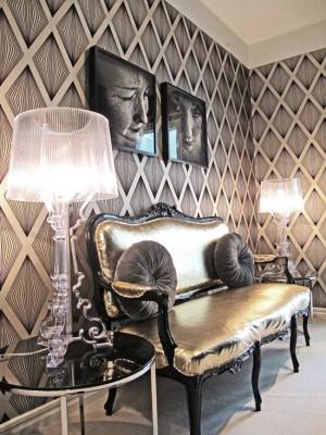 Фото: интерьер гостиной с стиле китч