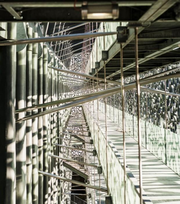 Кружевное здание из бетона и железа в Марселе 11