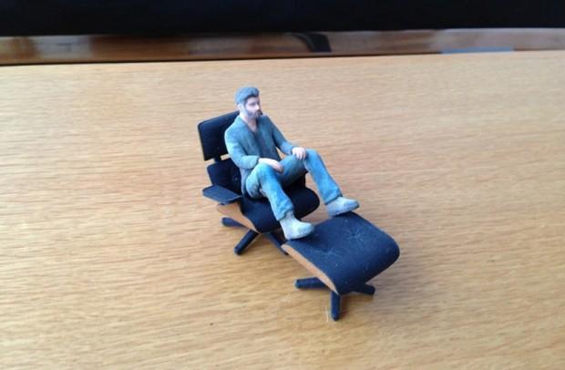 Культовое кресло Эймс в миниатюре 4