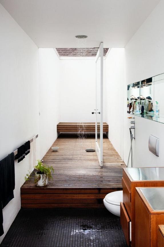Деревянное покрытие в ванной комнате 8