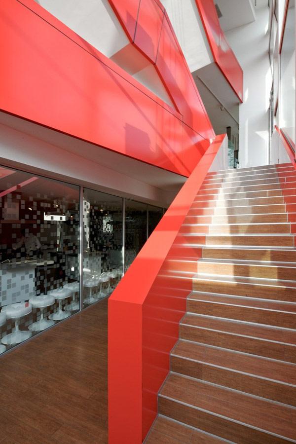 Яркая галерея дизайна в Чили 11