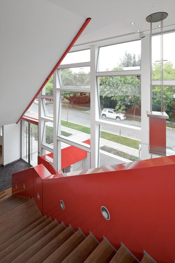 Яркая галерея дизайна в Чили 15