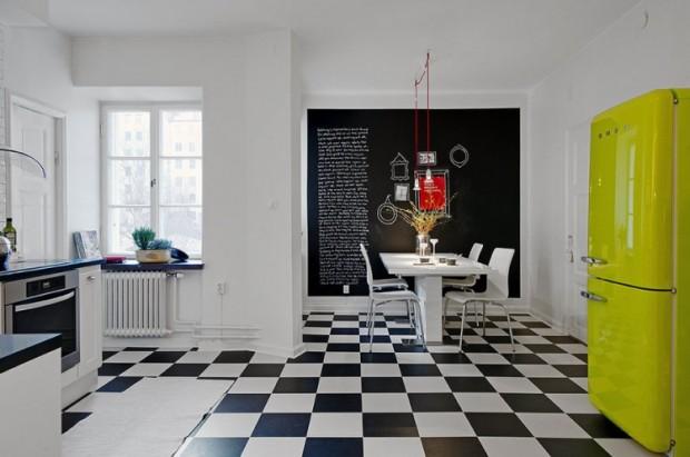 Белая кухня в квартира в Швеции