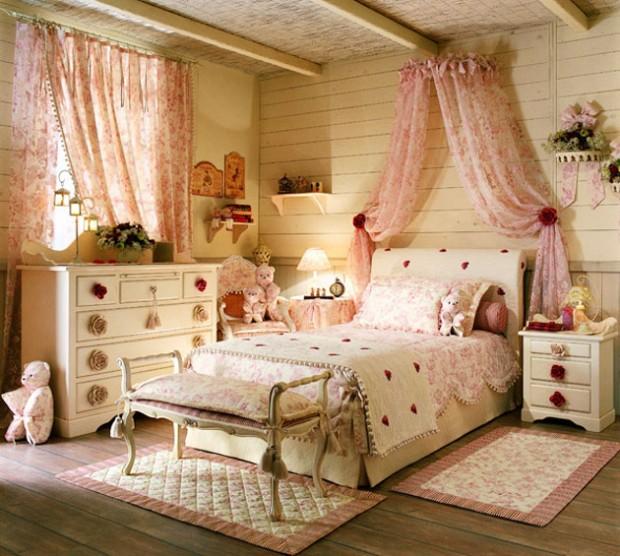 Комната с розовыми оттенками