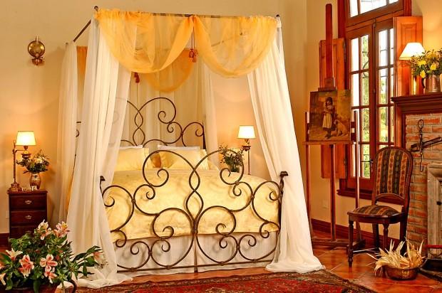 Интерьер спальной комнаты в романтическом стиле 4