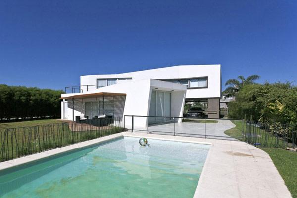 house-v-31