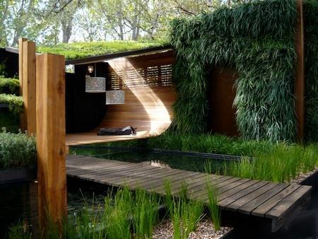 Стены покрытые  растениями