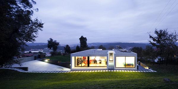 private-modern-residence-1