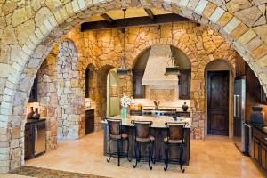 Декоративный кирпич в оформление арочных пролетов и стен