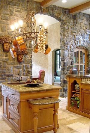 Оформление стен в деревенском стиле