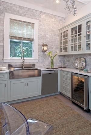 Кухонный фартук из мраморной плитки