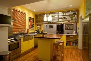 Кухня, дизайн которой так и навевает приятное ощущение гостеприимства