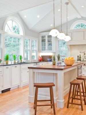 Кухня в светлых и приятных для глаза тонах
