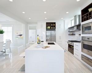 Белая кухня в стиле футуризм