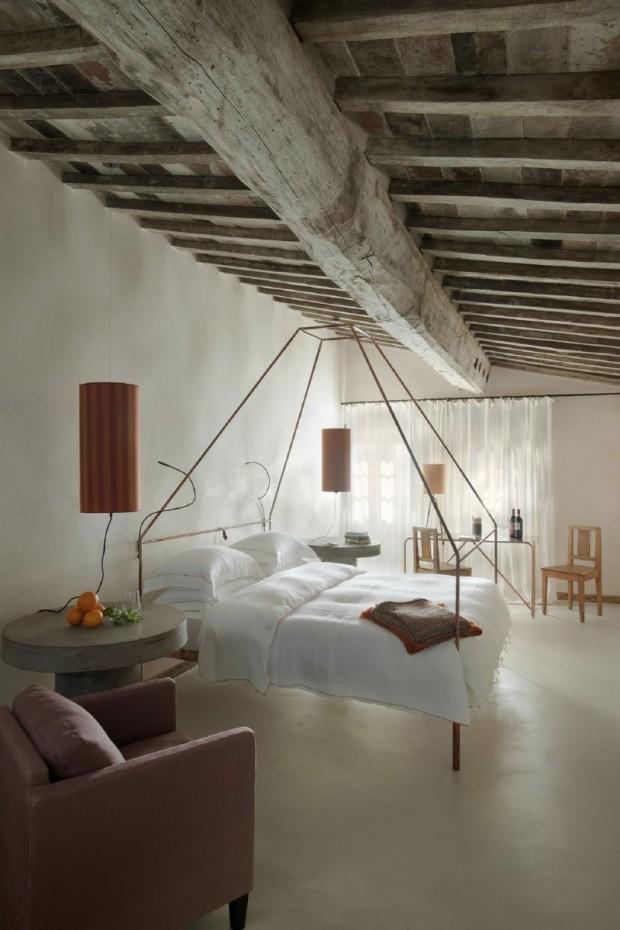 Маленькая Итальянская гостиница 11