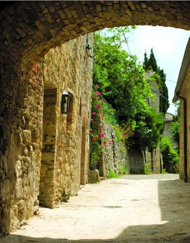 Маленькая Итальянская гостиница 3