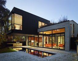 Дом в Торонто