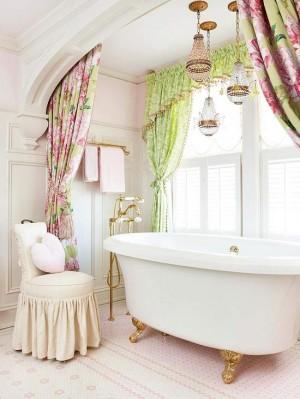 Окно в ванной комнате 40