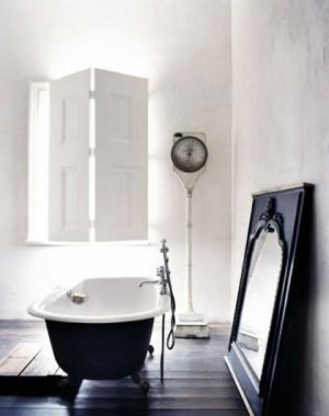 Окно в ванной комнате 31