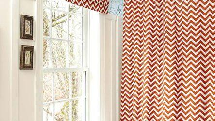 Окно в ванной комнате – преимущество и нюансы декора