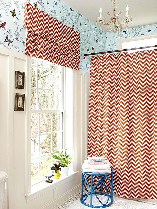 Красочная Ванная комната с большим окном