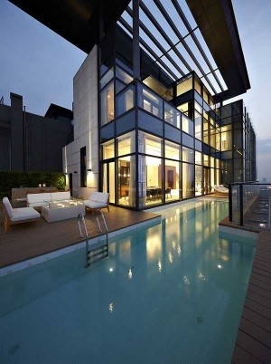 Архитектура стеклянного дома с стиле модерн