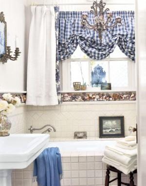 Окно в ванной комнате 41