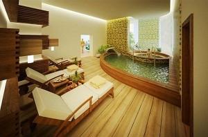 Интерьер ванной комнаты с бассейном