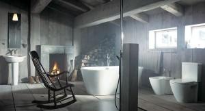 Роскошный интерьер ванной комнаты в деревенском стиле