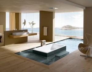 Роскошная ванная комната с бассейном и потрясающим видом