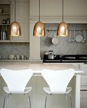 Позолоченные люстры в стиле модерн