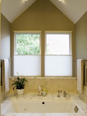 Окно в ванной комнате 4